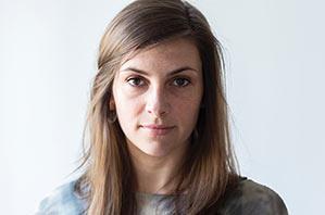 Katharina Seeger - Yogalehrerin Berlin, Certified Jivamukti Yoga Teacher