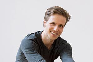 Moritz Ulrich - Yogalehrer Peace Yoga Berlin, Advanced Certified Jivamukti Yoga Teacher