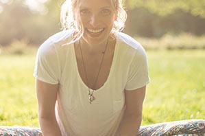 Sasha Skott - Yogalehrerin Berlin, Certified Jivamukti Yoga Teacher