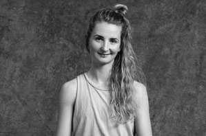 Anna Körber - Yogalehrerin Berlin, Certified Jivamukti Yoga Teacher
