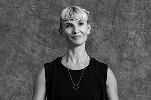 Annina Lingens - Yogalehrerin Berlin, Certified Jivamukti Yoga Teacher