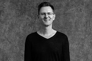 Niklas Noack - Yogalehrer Peace Yoga Berlin, Advanced Certified Jivamukti Yoga Teacher