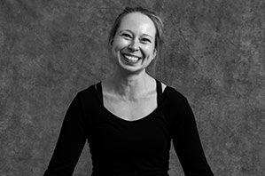 Nina Bettermann - Yogalehrerin Berlin, Certified Jivamukti Yoga Teacher